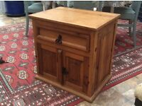 Attractive rustic bedside cabinet/drawer unit, very solid construction