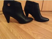 Ladies Ankle Boots Size 5