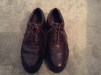 Men's dark brown Callaway Golf Shoes, very little wear, excellent quality, size 11
