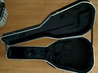 Gator molded guitar case to fit Yamaha style APX guitars