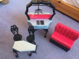 Monster high dolls furniture