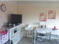 2 Bed Modern Flat in Green Wrythe Lane, Carshalton, Surrey, SM5 2DR. Off street parking and grounds
