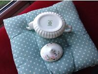 MINTON TEAPOT( rose garland) pattern ,IN MINT CONDITION ,VERY PRETTY