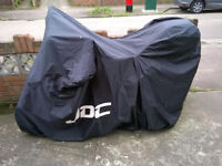 Blue Piaggio Fly 50cc 4v 4t with box, locks and cover