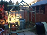 Greenhouse, 6ft x 4ft, sliding door & roof vent, aluminium with glass