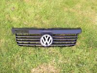 VW T5 Transporter grill with badge