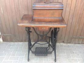 Beautiful frister & rossmanns sewing machine