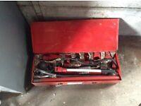 Car body repair jacking kit