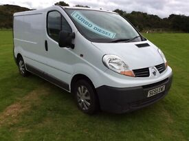 2005 RENAULT TRAFIC 1,9 NEW SHAPE EXCELLENT CONDITION YEARS MOT FULLY PLY LINED NEW TIMING BELT KIT