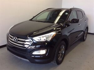 2014 Hyundai Santa Fe Sport 2.4L AWD   Heated Seats, Bluetooth,