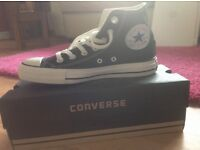Converse trainers black size 4.5