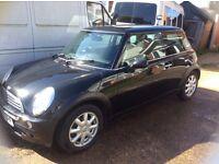 Black Mini Cooper One 1.6, Lady Owner,