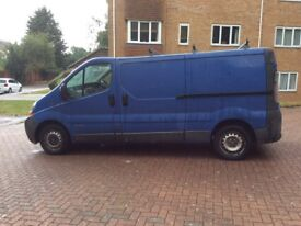RENAULT TRAFIC LL29 DCI 100 . L.W.B. LONG MOT. DRIVES ABSOLUTELY PERFECT