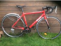Btwin Triban 3 - very good condition- 54cm frame - 700 wheels - 24 gears - very lightweight