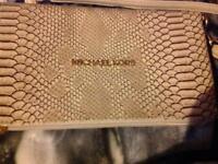 Michael KORS clutch bag as new
