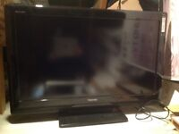 Toshiba Regza 37 inch Flatscreen LCD Television with stand and remote