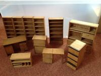 Dolls' house living room / lounge furniture - 11 pieces.