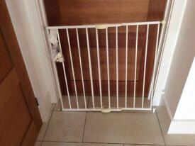 Stair/door gate
