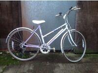 Raleigh Luna ladies town commuter type bike