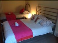 Festival Flat (4 Bedrooms) Central Edinburgh