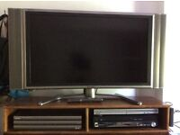 "Sharp Aquos 37"" LC-37G2M / TU37GUM Flat screen TV"