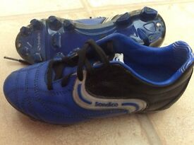 Young boys football boots size C12