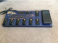 BOSS GT 5 Guitar Effects Processor