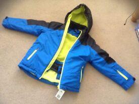 Boys ski jacket age 9-10 brand new with tag