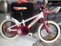 CUBE 160 girls bike in as new condition