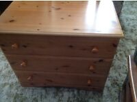 3 drawer pine chest of drawers excellent condition