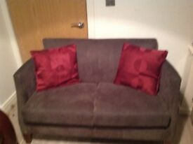 LITTLE DAINTY 2 SEATER FOR SALE WITH !!! FREE LOCAL DELIVERY!!!