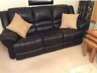 BLACK LEATHER 3 SEATER SOFA FOR SALE