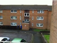 2 bed furnished second floor flat