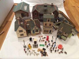 Superquick 00 model kits - various, pre-built plus painted model figures