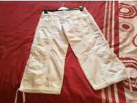 lady's 3/4 soulcal white trousers size 8