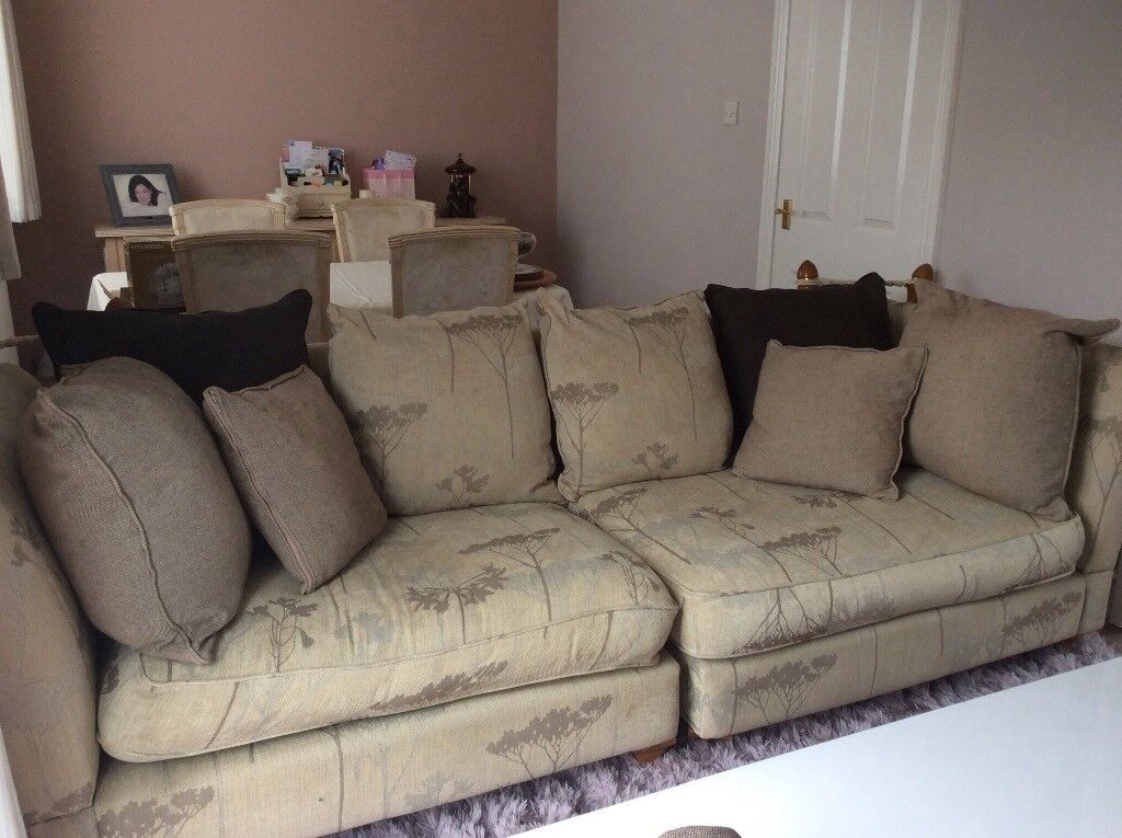 Large 3 seater sofa. Excellent quality and condition.