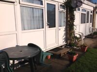SUMMER & DISCOUNTED WEEK 2 JUNE AVAILABLE £165 Hemsby Nr Gt Yarmouth Chalet Sleeps 4 pets welcome