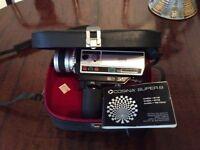 Cosina super 8 HDL-875 camera with its manual in original case.
