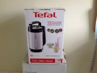 Tefal Soup Maker 1.2 litres. Unused, boxed. Unwanted gift!