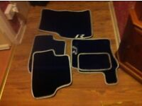 Golf (R) Car Mats in good condition