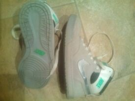 Nike trainers/boots Size 4