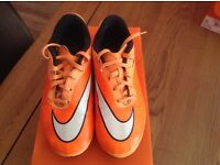 Nike hyper phade size 3