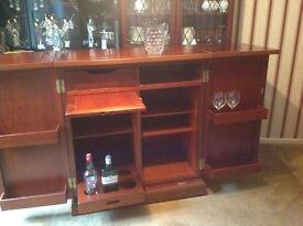 Side board, drinks Cabinet