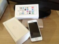 i phone 5s in good condition on o2 no dints or marks