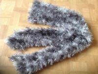 WOMEN'S GREY FLUFFY SCARF. Used, excellent condition.