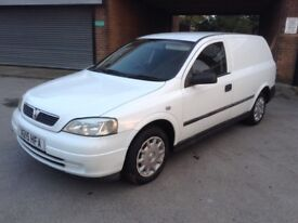 Vauxhall Astra van 1.7 DTI 2000 X reg Long MOT VERY CLEAN Recent service and cam belt...