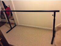 Free standing ballet barre