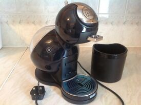 Nescafé Dolce Gusto Melody Coffee Machine by DeLonghi