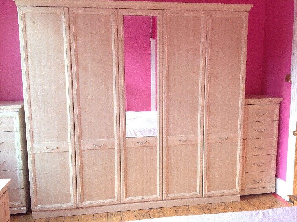 5 Door Wardrobe Single Mirror Excellent Condition