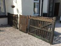 Farm style gate and gate post